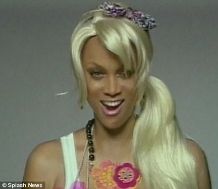 tyra banks 2011. Tyra Banks mocks her new model