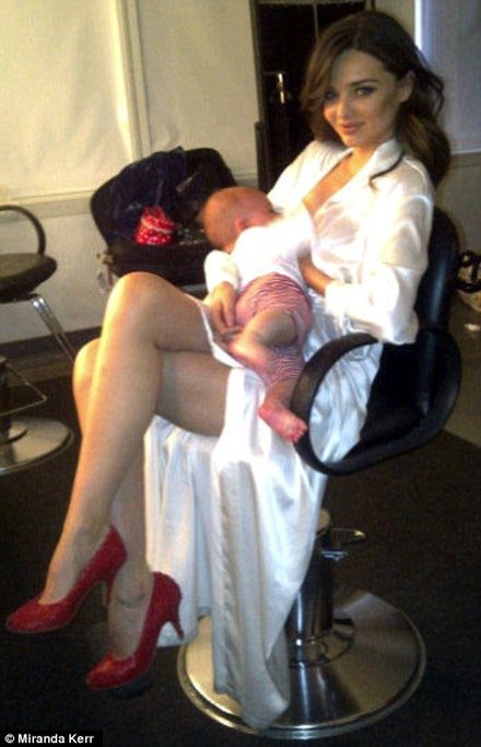 Yummy Mummy Miranda Kerr Tweets Baby Breastfeeding Picture