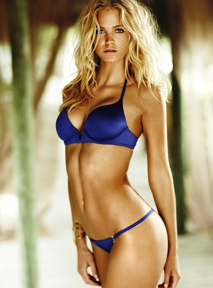 Hot Blonde In Bra 98