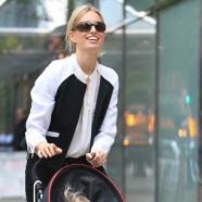 Czech supermodel, Karolina Kurkova looks great in leather pants