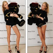 Abbey Crouch auctions off Pudsey Bear by showing off her �glam� legs