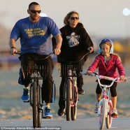 Heidi Klum and family go on a bike ride