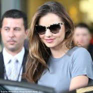 Miranda Kerr flies home for David Jones� fashion parade