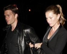 Gisele�s back and she�s hot-to-trot