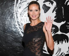 Heidi Klum stuns in lacy LBD