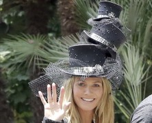 It�s hats on as Heidi Klum turns 40!
