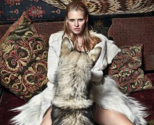 Lara Stone opens up about her pregnancy in Vogue UK