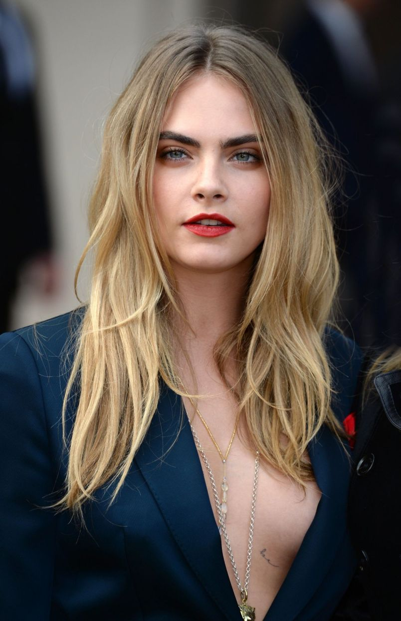 cara delevingne at burberry prorsum fashion show in london 6 Cara Delevingne Lands Major Movie Role