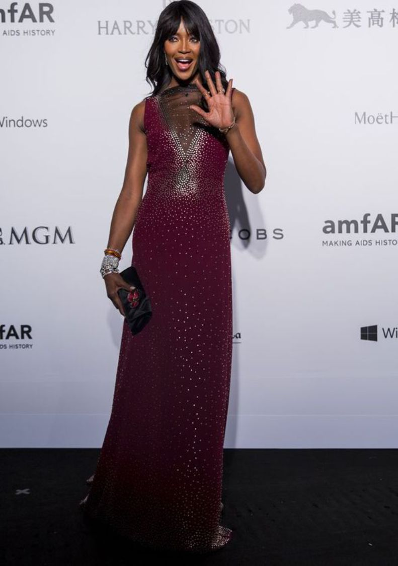 Naomi-Campbell-meanwhile-wowed-in-a-burgundy-gown-264810