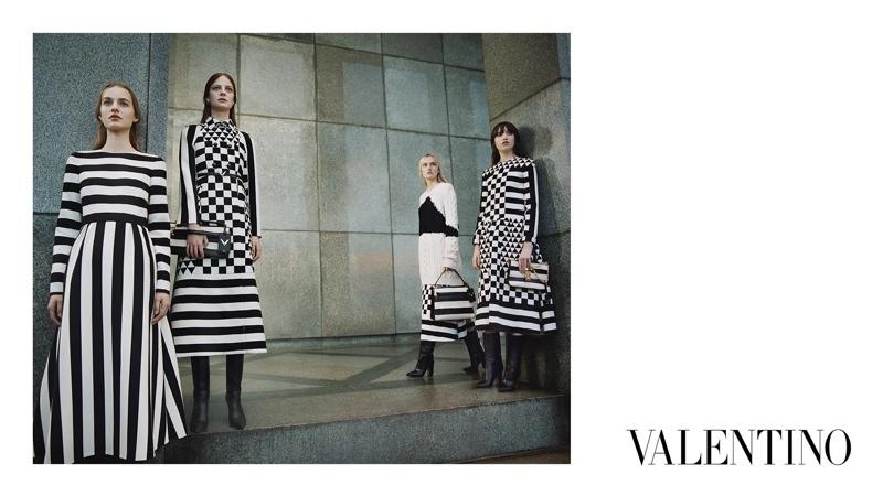 Valentino-Fall-2015-Ad-Campaign03-800x1444