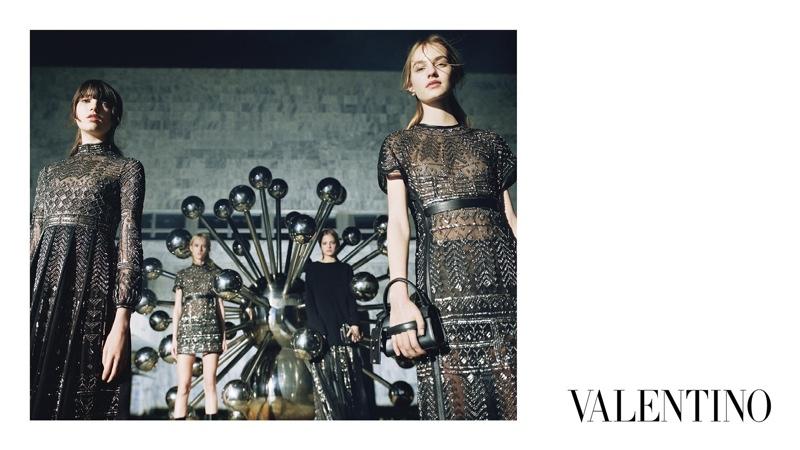 Valentino-Fall-2015-Ad-Campaign06-800x1444