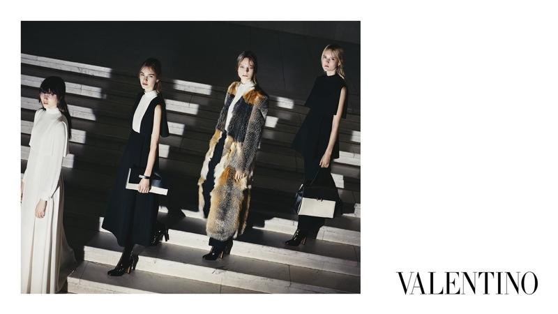 Valentino-Fall-2015-Ad-Campaign07-800x1444