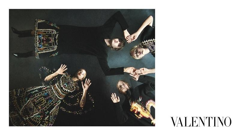 Valentino-Fall-2015-Ad-Campaign08-800x1444