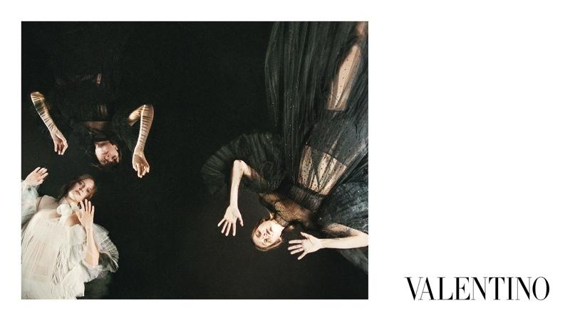 Valentino-Fall-2015-Ad-Campaign10-800x1444
