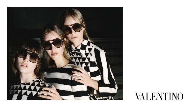 Valentino-Fall-2015-Ad-Campaign11-800x1444