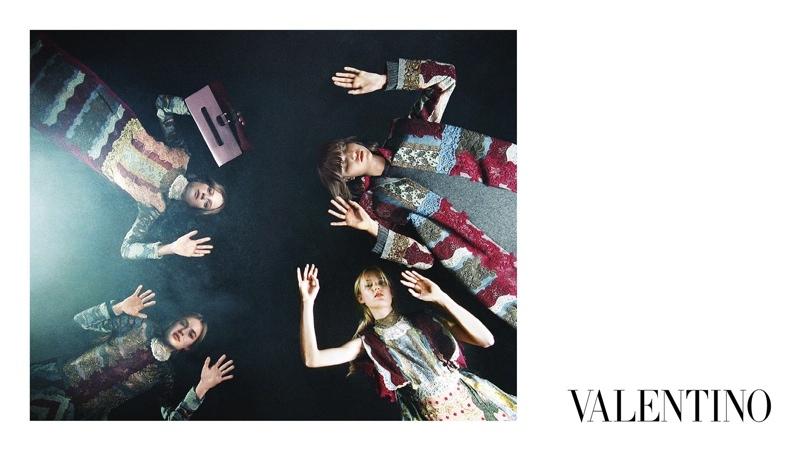 Valentino-Fall-2015-Ad-Campaign13-800x1444