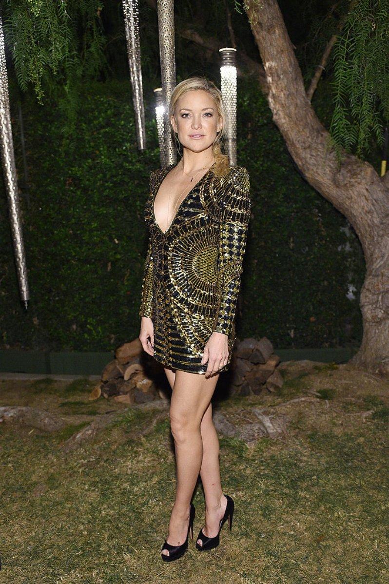 Kate-Hudson-shimmered-gilded-minidress