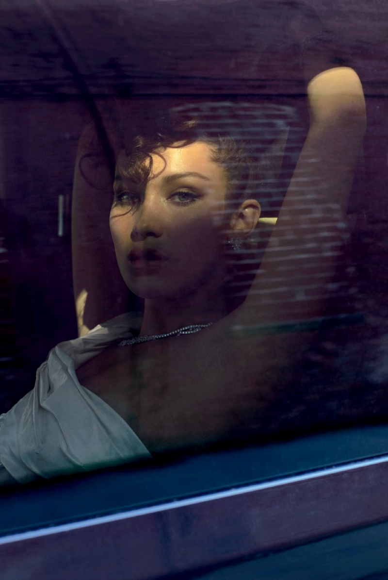 Vogue-Turkey-May-2016-Bella-Hadid-by-Sebastian-Faena-03