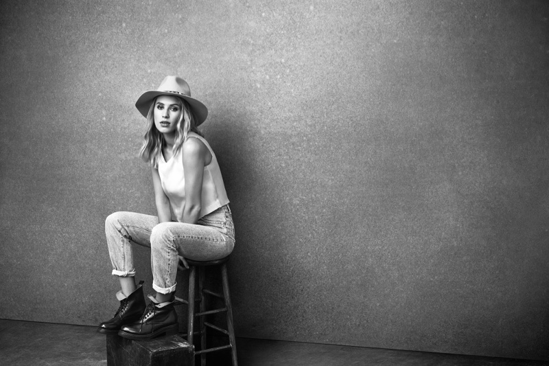 Dylan-Penn-Frye-Boots-Fall-2016-Campaign01