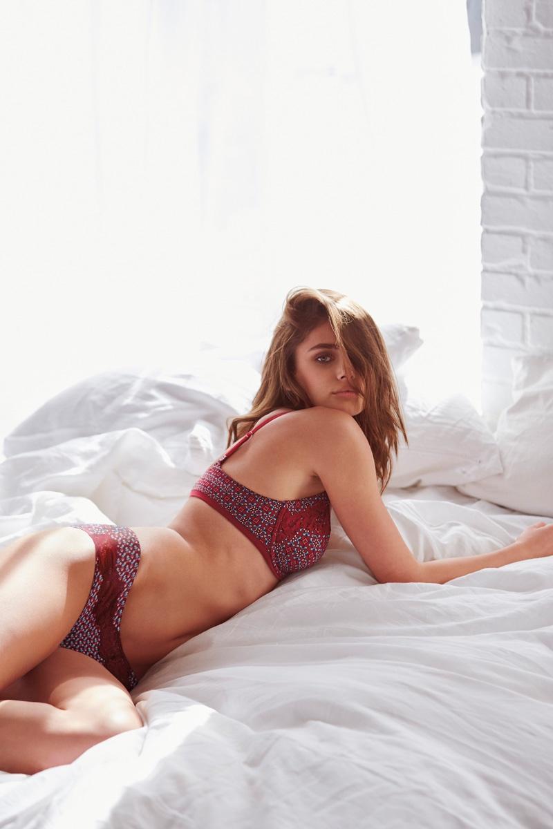 2d5ac285fa2 Victoria s Secret launches  Easy  Lingerie Collection