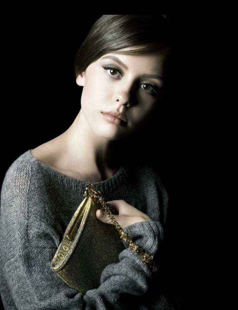 Prada-La-Femme-Perfume-Campaign