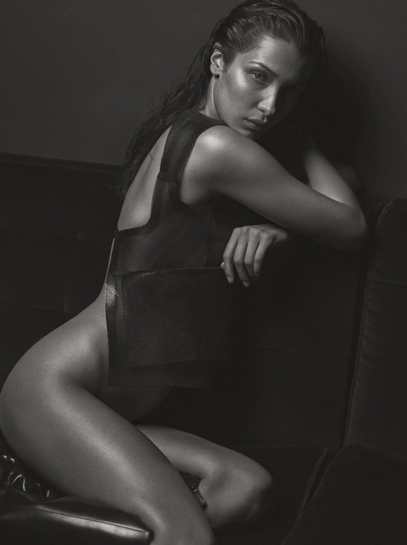 Bella-Hadid-V-Magazine-09