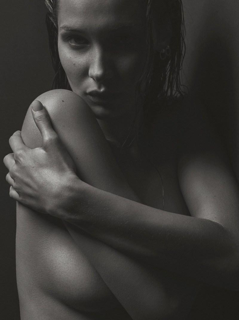 Bella-Hadid-V-Magazine-12