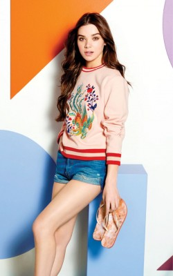 hailee-steinfeld-for-reef-escape-spring-summer-2017-collection_9