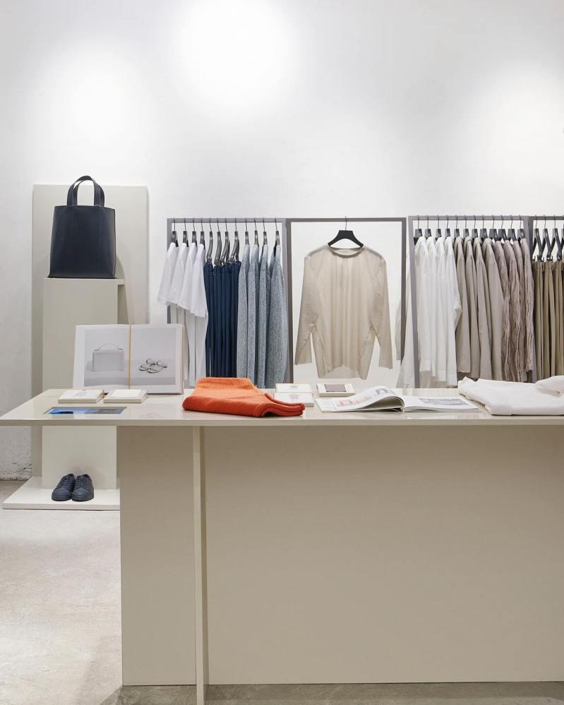 COS store Haarlem Amsterdam