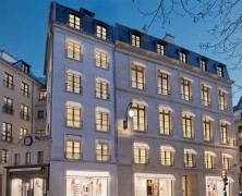 Chanel opens new boutique in Paris
